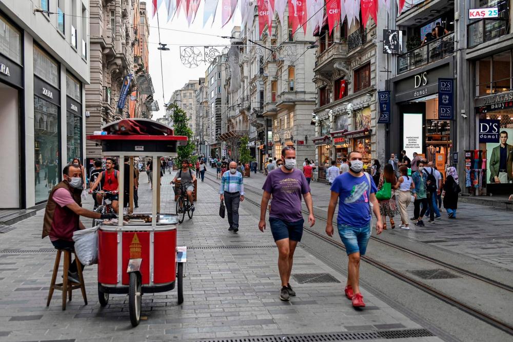 İstanbul'da çarpıcı araştırma: İstanbullular daha fazla denetim ve karantina istiyor 1