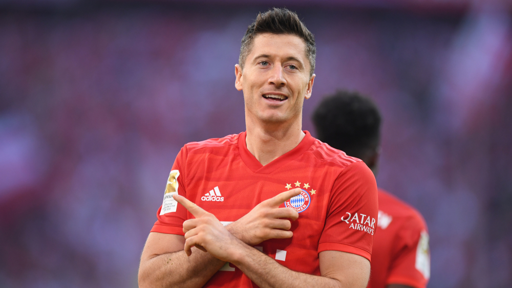 Lewandowski, Ronaldo ve Messi'yi geride bıraktı! 1