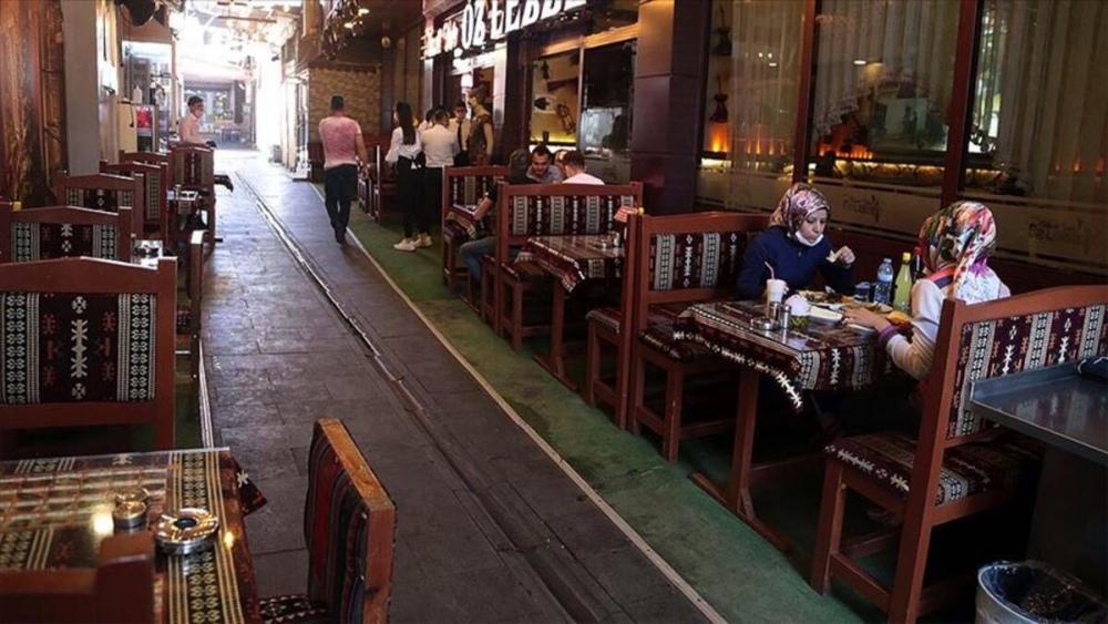 Herkes dört gözle bekliyor: İşte restoran ve kafelerin açılması için gerekli şartlar! 1