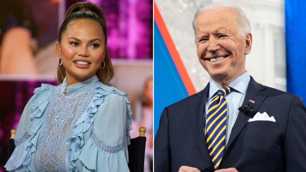 Chrissy Teigen, Joe Biden'dan kendisini takipten çıkarmasını talep etti 1
