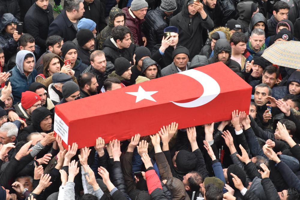 Türkiye şehitlerine ağlıyor! Süper Lig ekiplerinden Bitlis şehitleri için baş sağlığı mesajları 1