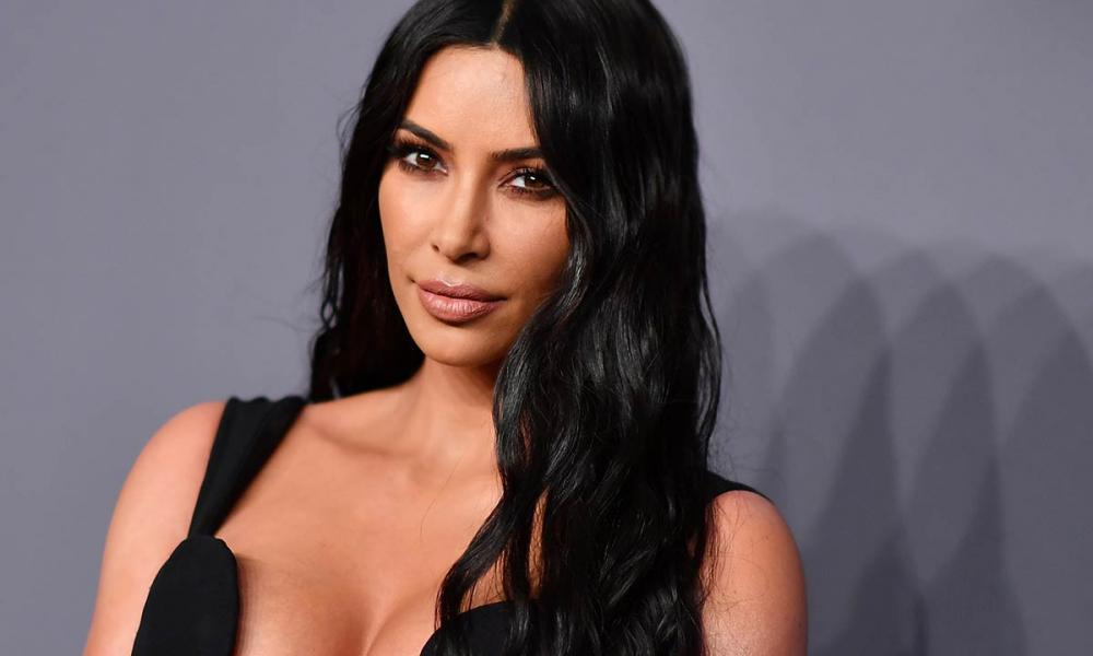 Kim Kardashian'a kertenkele tepkisi! 1