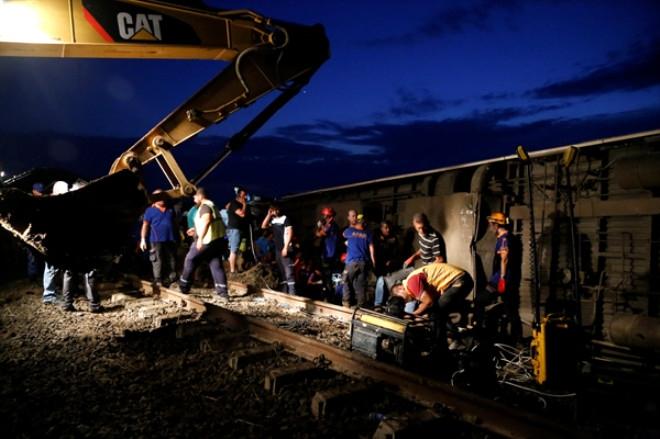 Tekirdağ'daki tren kazasından ortaya çıkan korkunç fotoğraflar 1