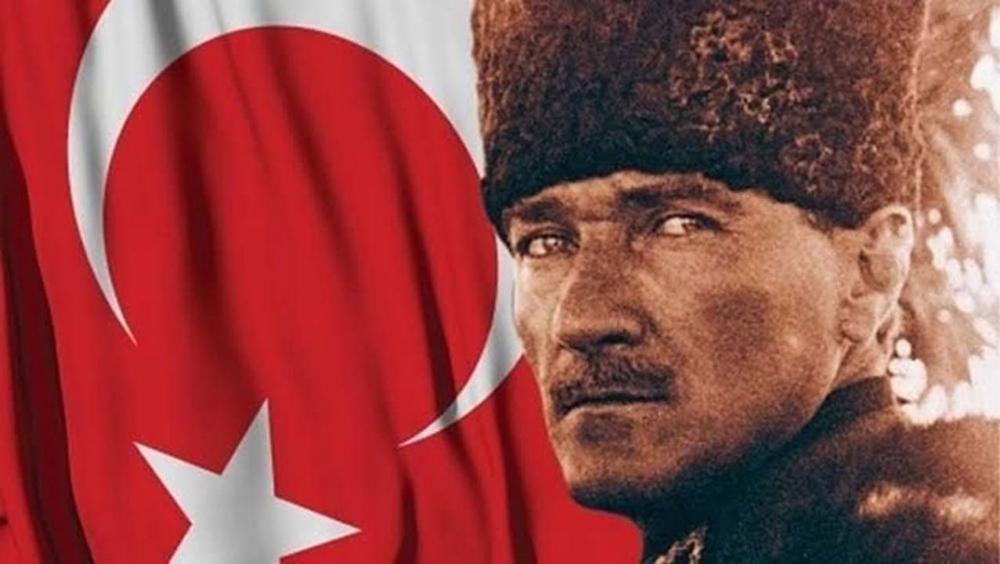 Ünlülerin, 19 Mayıs Atatürk'ü Anma Gençlik ve Spor Bayramı paylaşımları 11