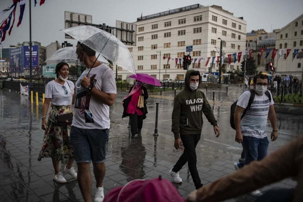 Uzmanlardan uyarılar üst üste geliyor: Marmara'ya sarı kodlu uyarı! Sıcaklıklar düşecek, gök gürültülü yağmur geliyor! 3