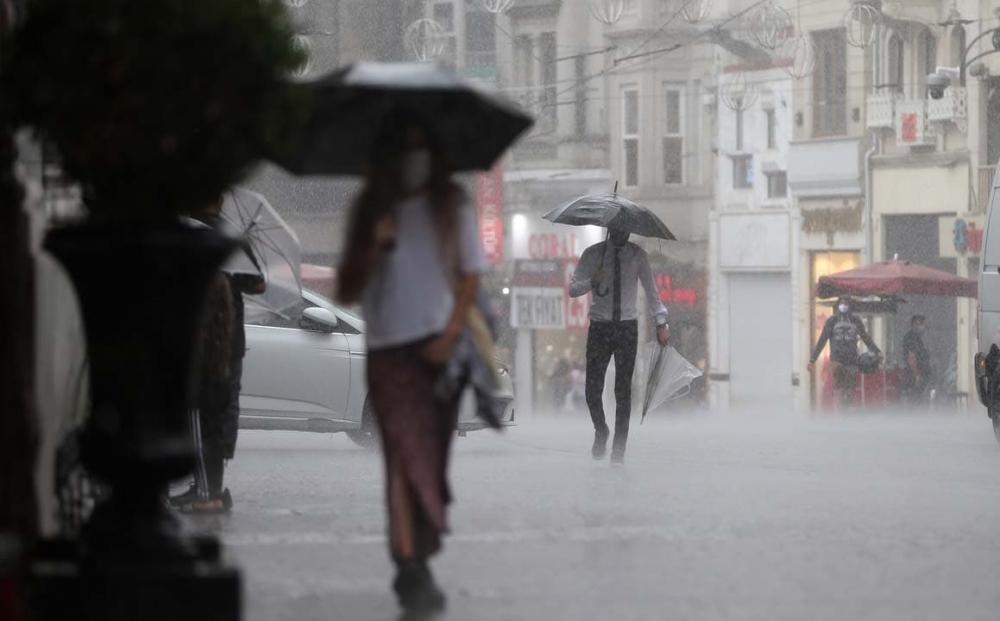 Uzmanlardan uyarılar üst üste geliyor: Marmara'ya sarı kodlu uyarı! Sıcaklıklar düşecek, gök gürültülü yağmur geliyor! 8