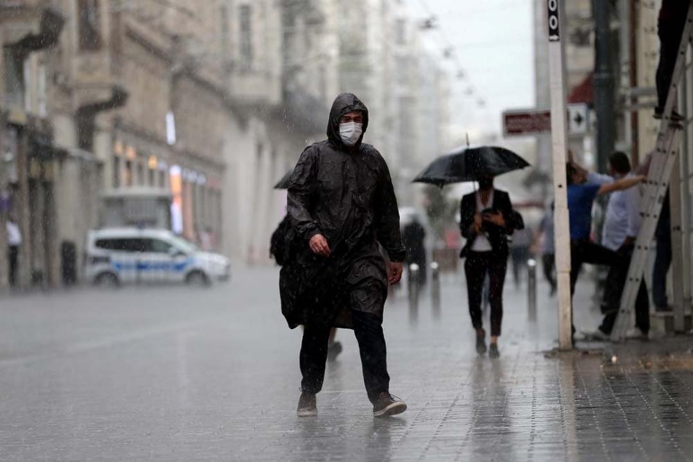 Uzmanlardan uyarılar üst üste geliyor: Marmara'ya sarı kodlu uyarı! Sıcaklıklar düşecek, gök gürültülü yağmur geliyor! 9