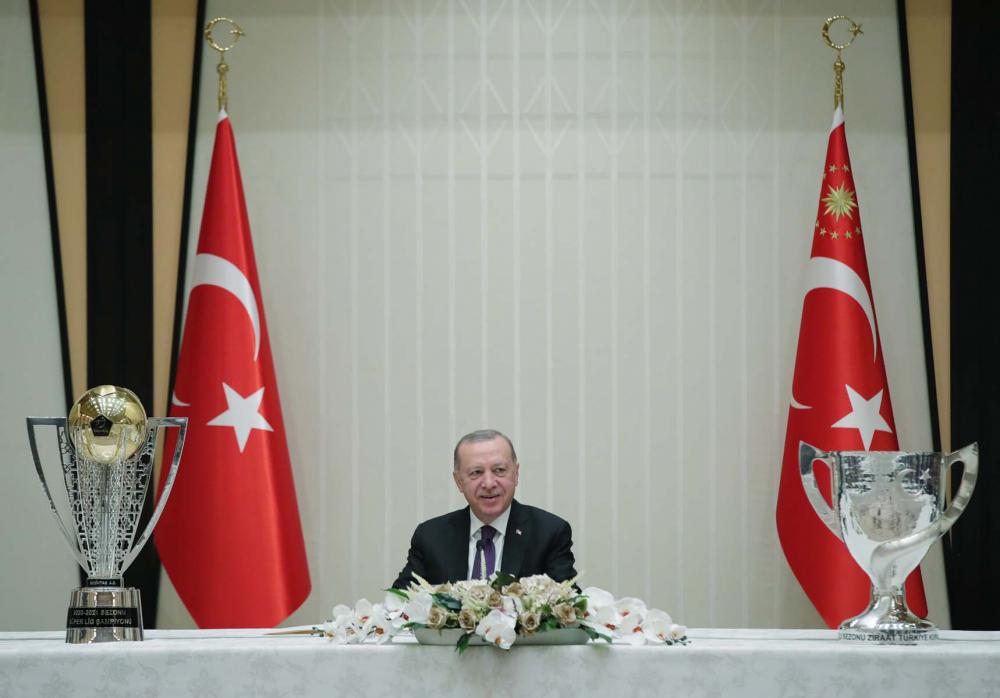 Cumhurbaşkanı Erdoğan, çifte kupalı şampiyon Beşiktaş'ı kabul etti! İşte kabulden fotoğraflar... 12