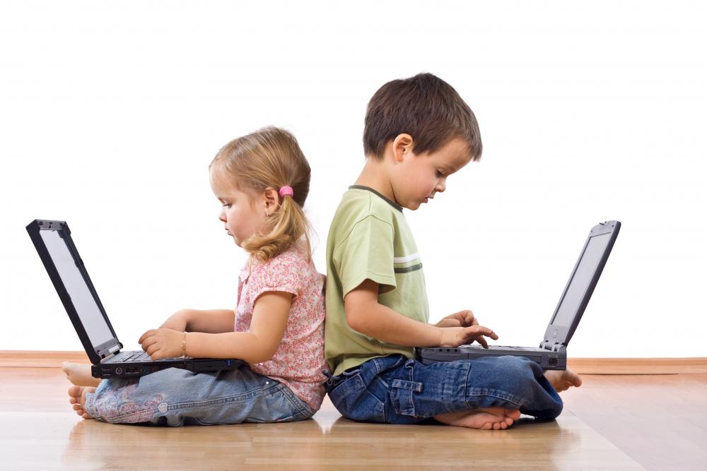Uzmanlar uyardı! Kontrolsüzce kullanılan internet çocuklar için büyük tehlike barındırıyor! 1