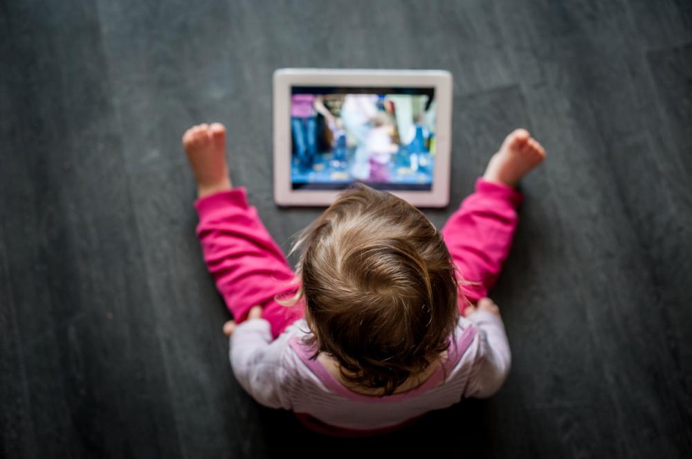 Uzmanlar uyardı! Kontrolsüzce kullanılan internet çocuklar için büyük tehlike barındırıyor! 10