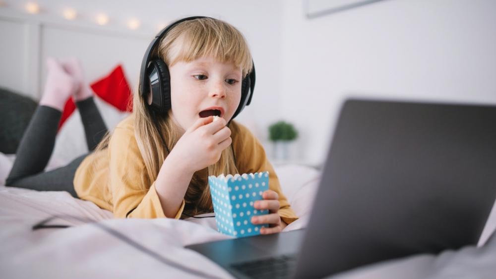 Uzmanlar uyardı! Kontrolsüzce kullanılan internet çocuklar için büyük tehlike barındırıyor! 2