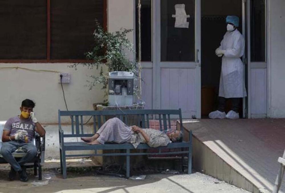 Hindistan'da skandal! Koronavirüs hastasına toplu tecavüz edip susması için entübe ettiler! 4