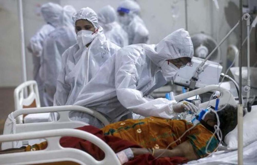 Hindistan'da skandal! Koronavirüs hastasına toplu tecavüz edip susması için entübe ettiler! 8