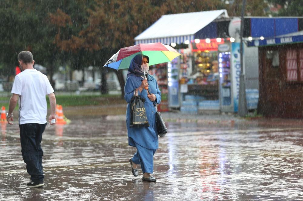 Prof. Dr. Orhan Şen'den yeni hafta ile ilgili kritik uyarı! Aşırı sıcaklık ve sağanak yağışlara dikkat 12