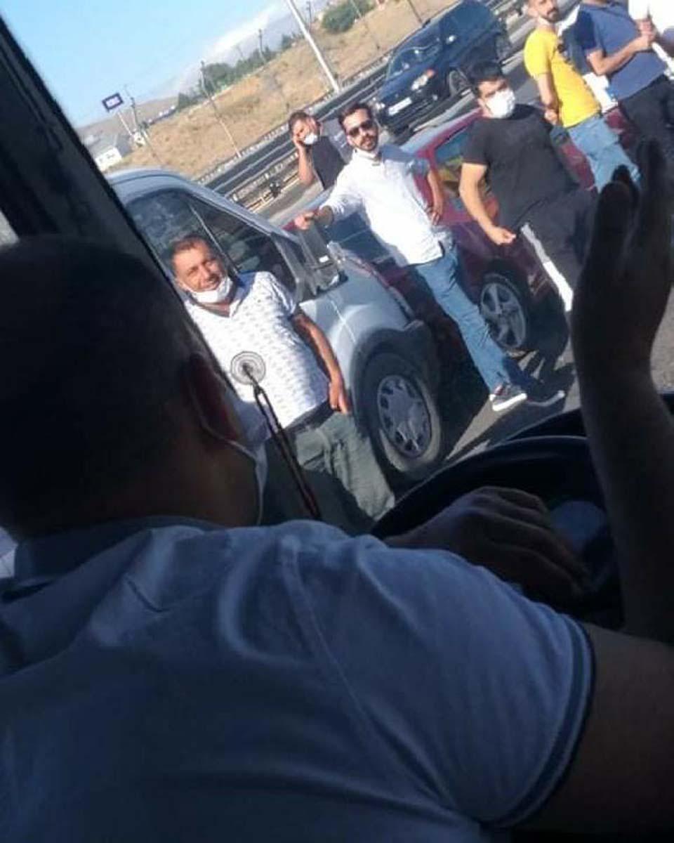 Malatya'da zincirleme trafik kazası! Ortalık savaş alanına döndü: 21 yaralı 4