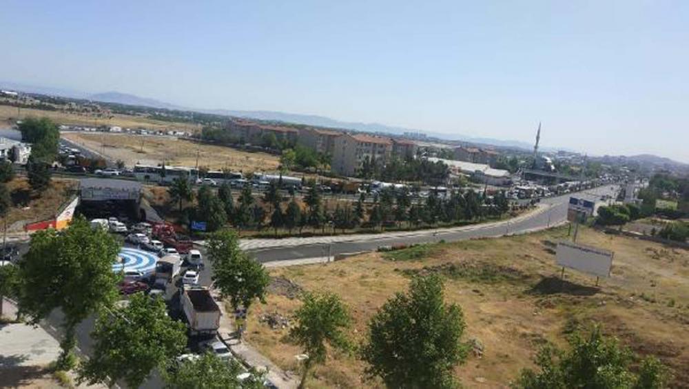 Malatya'da zincirleme trafik kazası! Ortalık savaş alanına döndü: 21 yaralı 5
