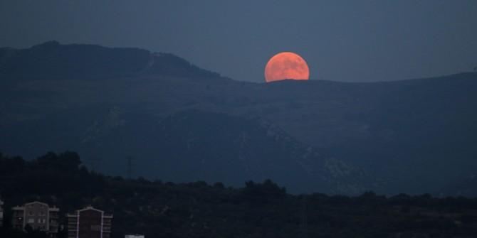 Kanlı Ay tutulması Türkiye'de böyle gerçekleşti!