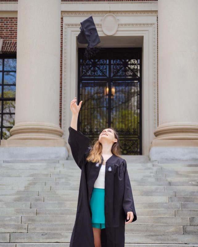 Ece Hakim müjdeli haberi duyurdu: Harvard'dan mezun oldu! 9
