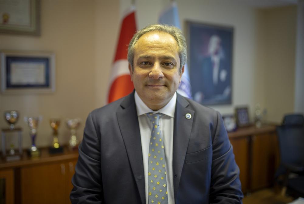 Prof. Dr. Mustafa Necmi İlhan açıkladı: ''Açık alanlarda maskelere veda edebiliriz!'' 1