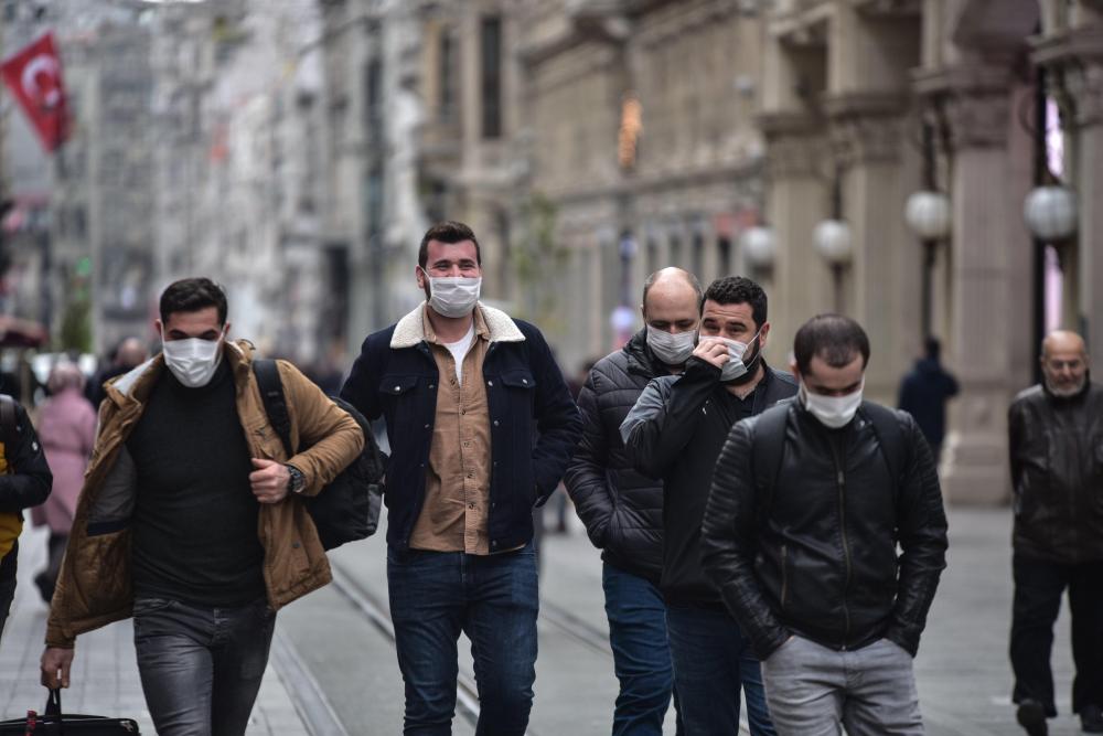 Prof. Dr. Mustafa Necmi İlhan açıkladı: ''Açık alanlarda maskelere veda edebiliriz!'' 16