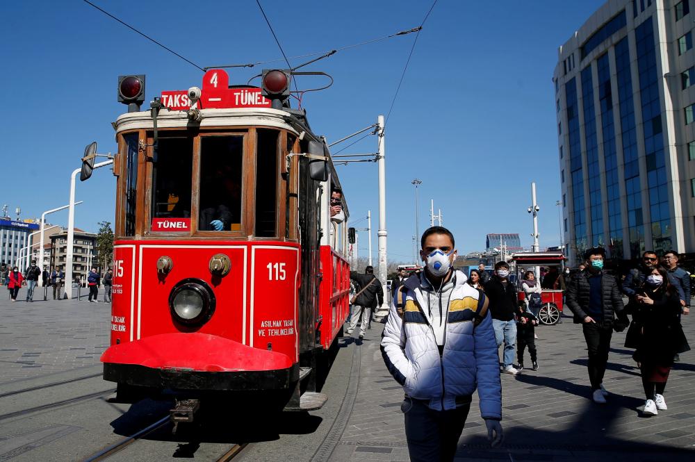 Prof. Dr. Mustafa Necmi İlhan açıkladı: ''Açık alanlarda maskelere veda edebiliriz!'' 4