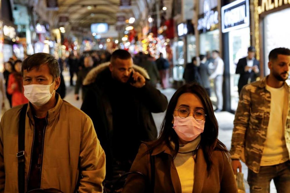 Prof. Dr. Mustafa Necmi İlhan açıkladı: ''Açık alanlarda maskelere veda edebiliriz!'' 7