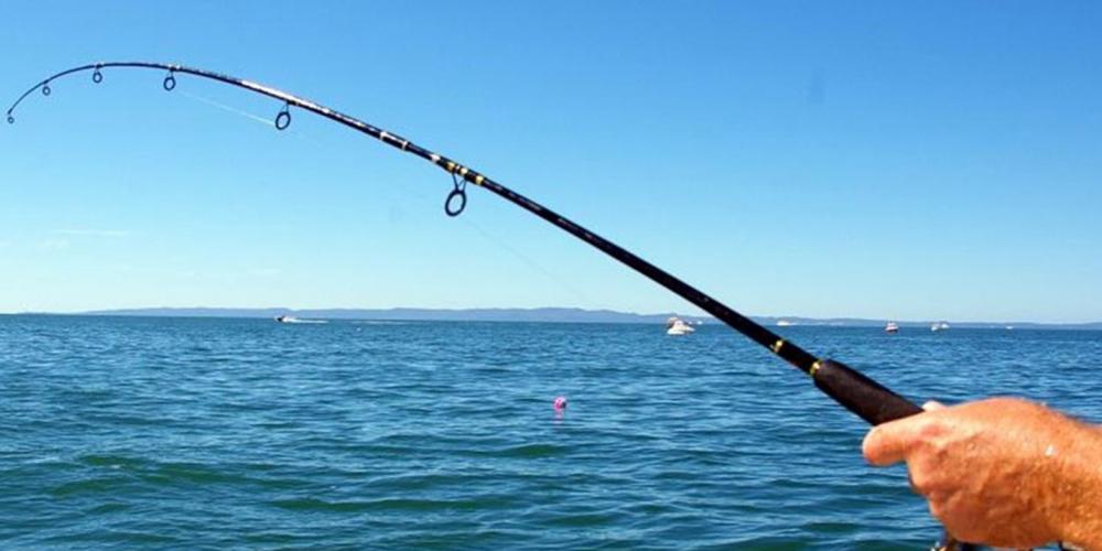 Feci ölüm! Balık tutarken oltası elektrik teline takılan adam hayatını kaybetti 1