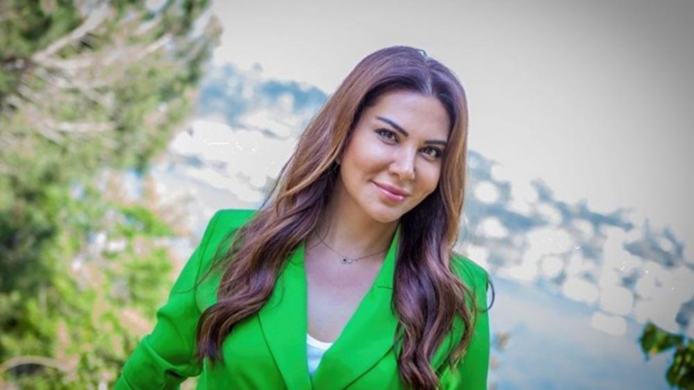 Demet Akalın ve Seda Sayan tartışmasında yeni bir iddia gündeme geldi! İlk teklif Ebru Yaşar'a gitti 3