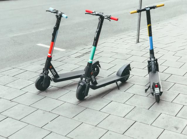 Elektrikli scooter düzenlemesi UKOME'de oy birliğiyle kabul edildi: 15 yaşını doldurmayanlar kullanamayacak! 12