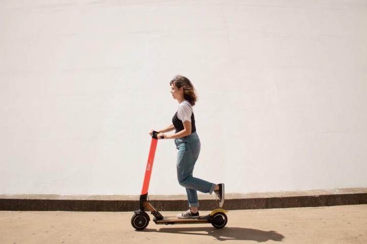 Elektrikli scooter düzenlemesi UKOME'de oy birliğiyle kabul edildi: 15 yaşını doldurmayanlar kullanamayacak! 15