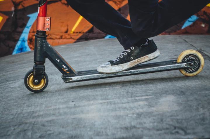 Elektrikli scooter düzenlemesi UKOME'de oy birliğiyle kabul edildi: 15 yaşını doldurmayanlar kullanamayacak! 17