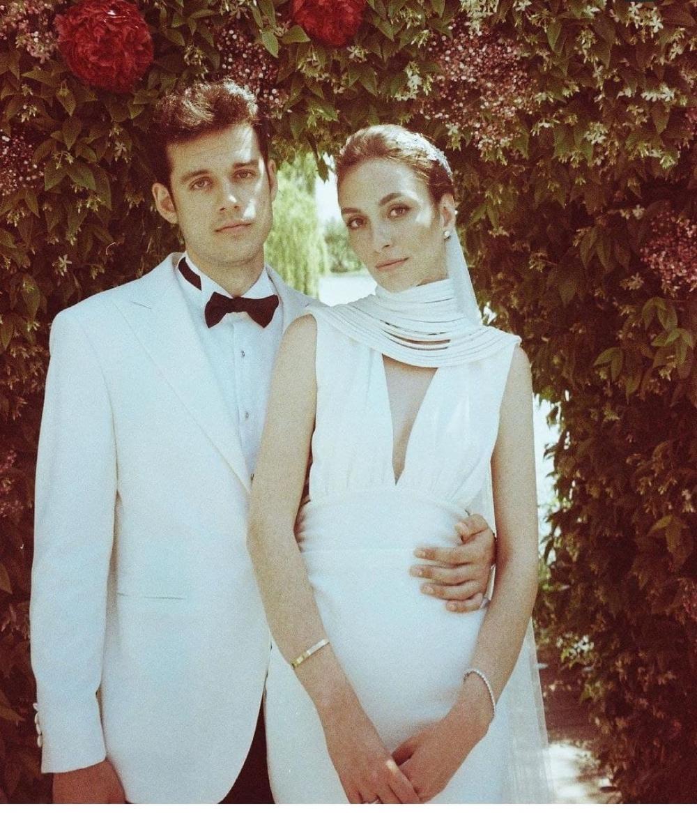 YouTuber Orkun Işıtmak, Merve Yorgancılar ile evlendi! İşte çiftin evlilik töreninden fotoğraflar... 5