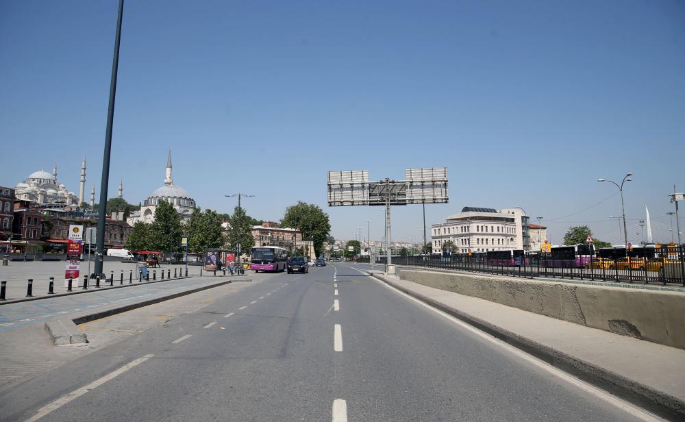 Dün insan kaynıyordu, bugün kimse yok! İşte sokağa çıkma kısıtlamasında İstanbul'dan fotoğraflar 11