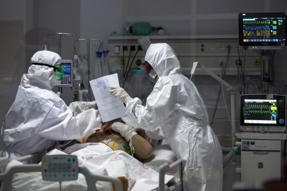 Salgından önce Kovid aşısını buldu, 3 ay sonra öldü! Yusen Zhou'nun dünyayı dehşete düşüren hikayesi! 4