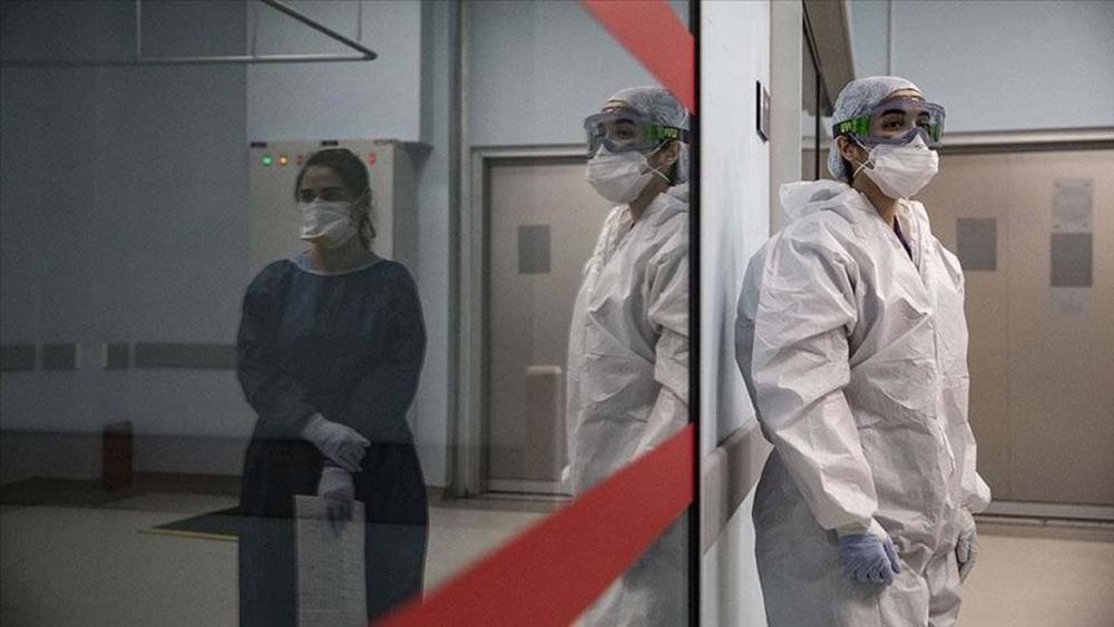 Yüzlerce hastada görüldü! Koronavirüste yeni belirtiler: İşitme kaybı, kangren, mide rahatsızlıkları... 1