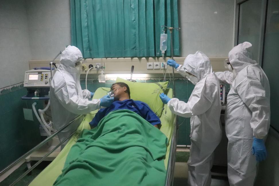 Yüzlerce hastada görüldü! Koronavirüste yeni belirtiler: İşitme kaybı, kangren, mide rahatsızlıkları... 7