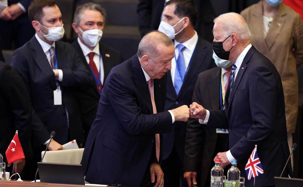 İlk temas gerçekleşti: İşte Erdoğan Biden görüşmesinden kareler... 1