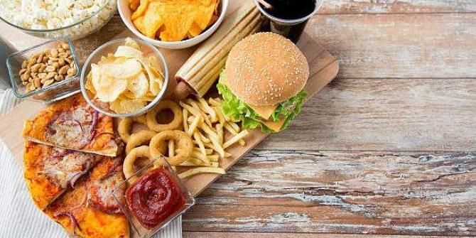 En sağlıksız yiyecekler açıklandı! İşte o 30 besin
