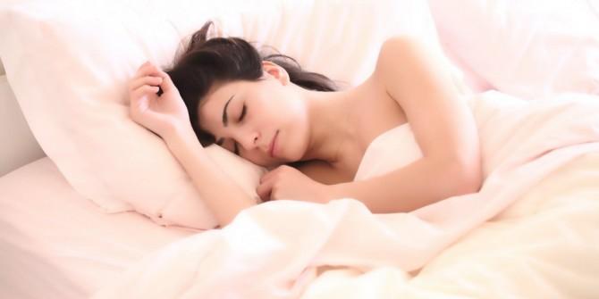 Bel neden ağrır? Peki Bel ağrınızın sebebinin uyku şekliniz olabileceğini biliyormusunuz?
