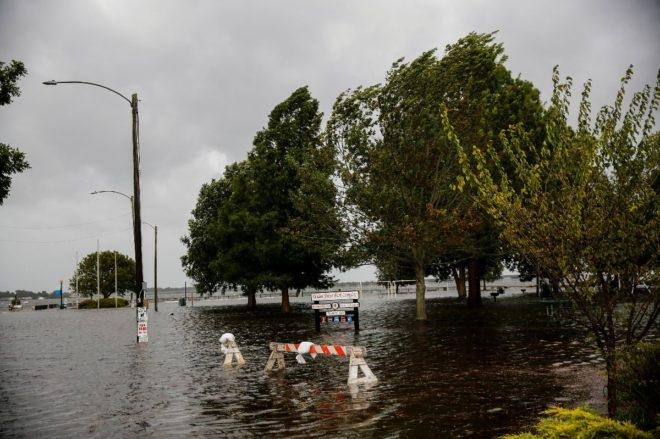 Amerika'daki Florence kasırgası 4 can aldı! İşte fotoğraflarla Florence Kasırgası 1