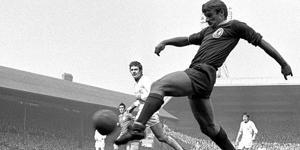 Liverpool'un efsane ismi Roger Hunt yaşamını yitirdi 1