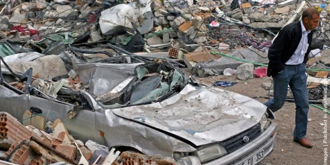 Van depremi fotoğrafları