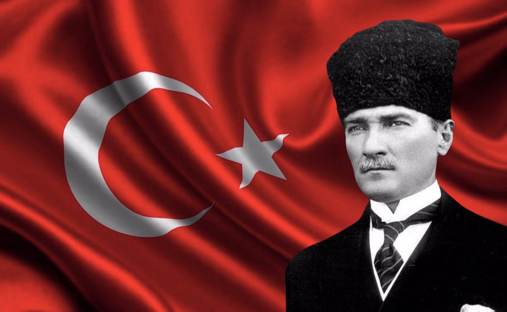 30 Ağustos Zafer Bayramı İçin Bayrak Ve Atatürk Fotoğrafları 1
