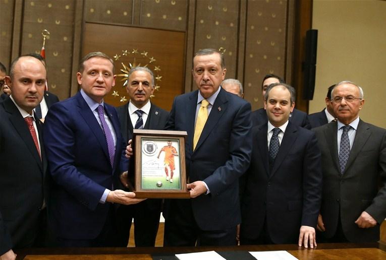 """Résultat de recherche d'images pour """"goksel gumusdag tayyip erdogan"""""""