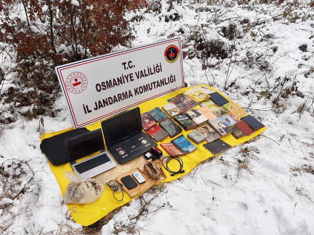 PKK sığınağına baskın! Çok sayıda patlayıcı ve örgütsel doküman ele geçirildi