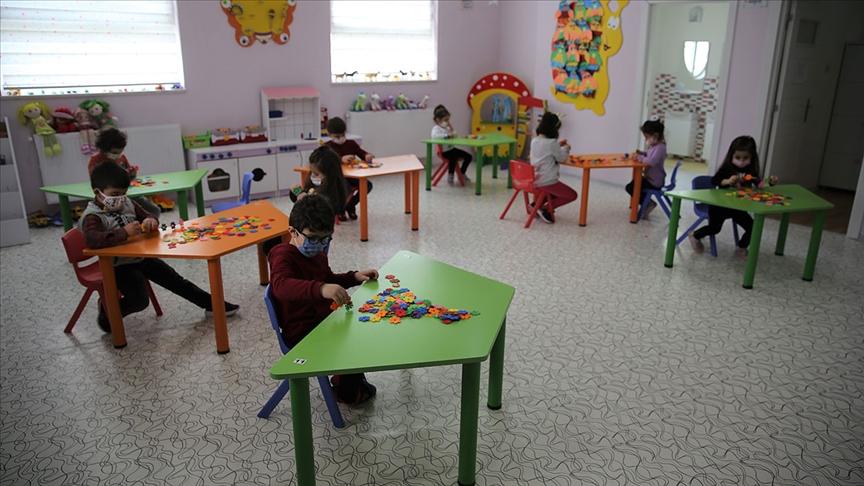 Koronavirüs vakalarının patladığı anaokulu 10 gün karantinaya alındı