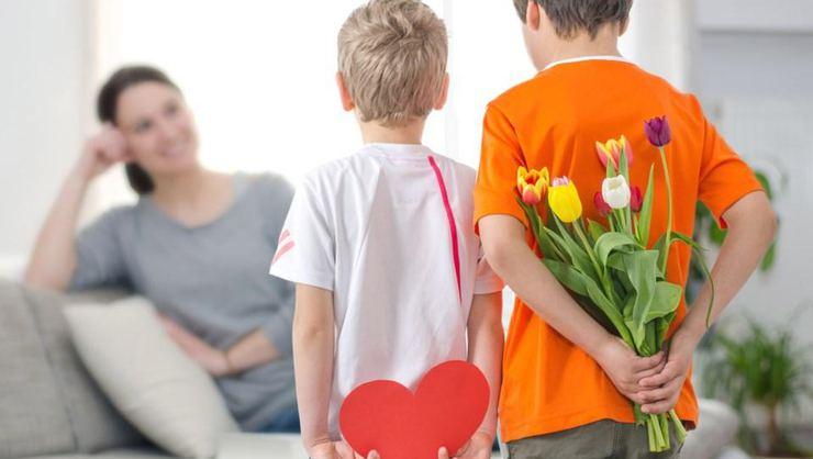 8 Mart Kadınlar Günü anneye mesajlar, sözler  2021