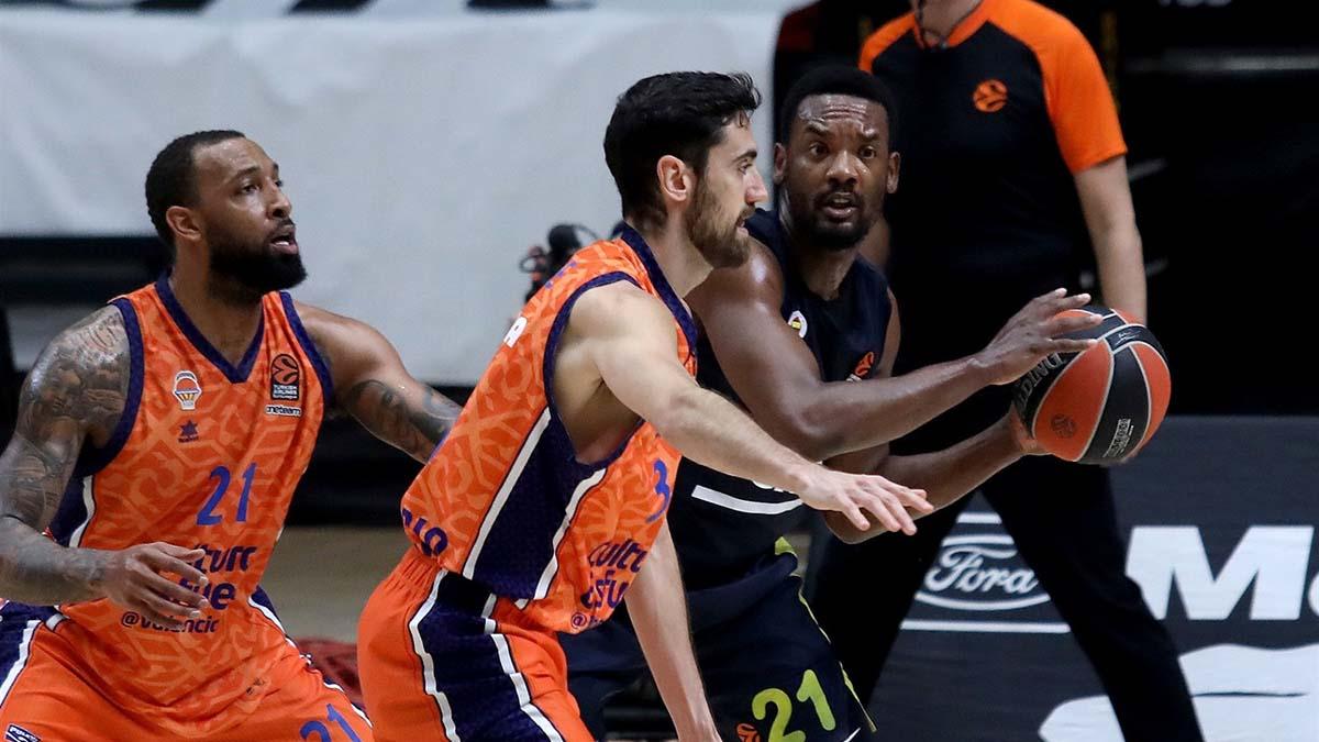 Fenerbahçe Beko, İspanya'dan eli boş döndü! Fenerbahçe Beko- Valencia Basket: 66-52