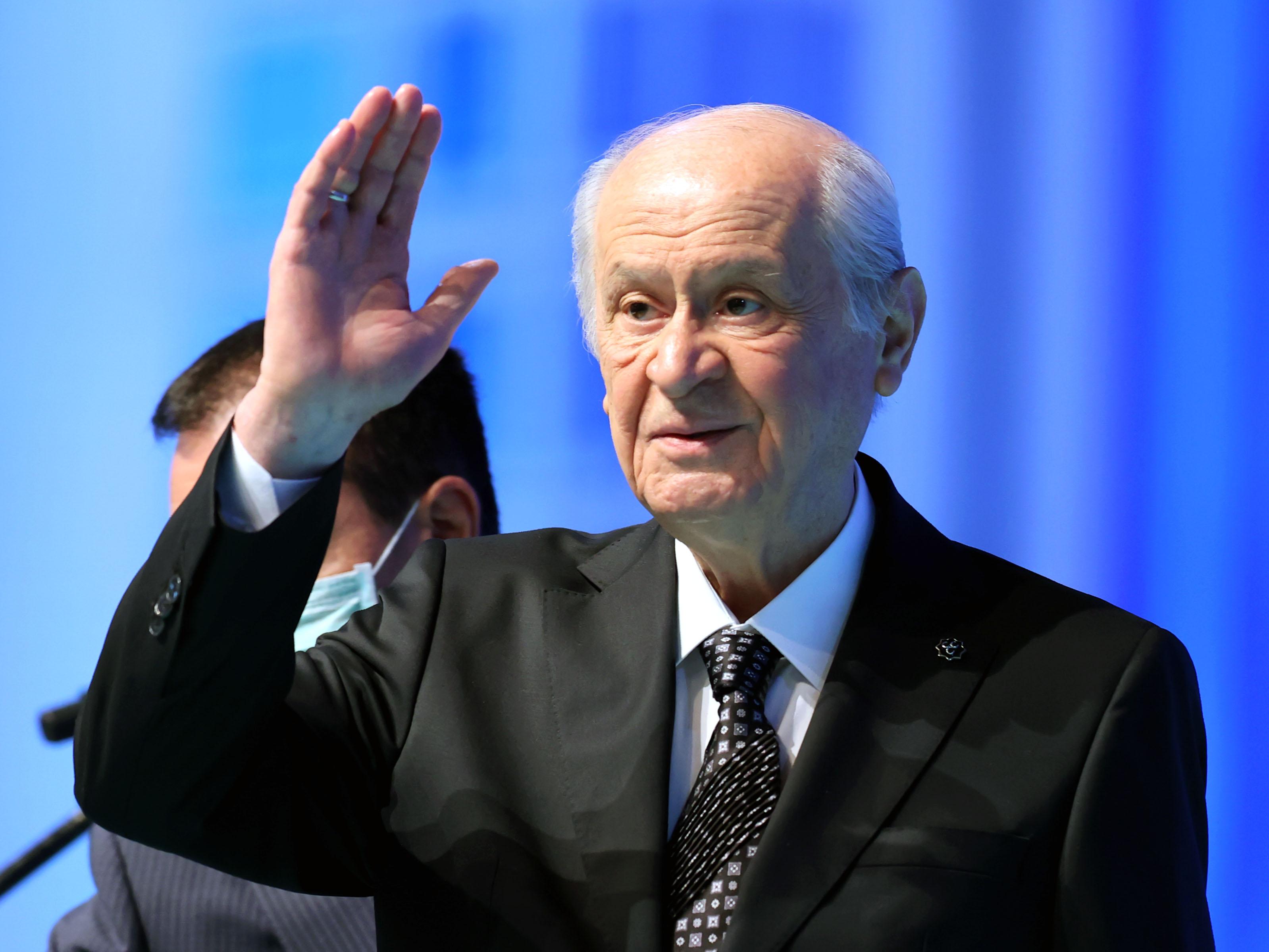 Son dakika... MHP Genel Başkanını seçti: Devlet Bahçeli aldığı bin 277 oyla yeniden seçildi