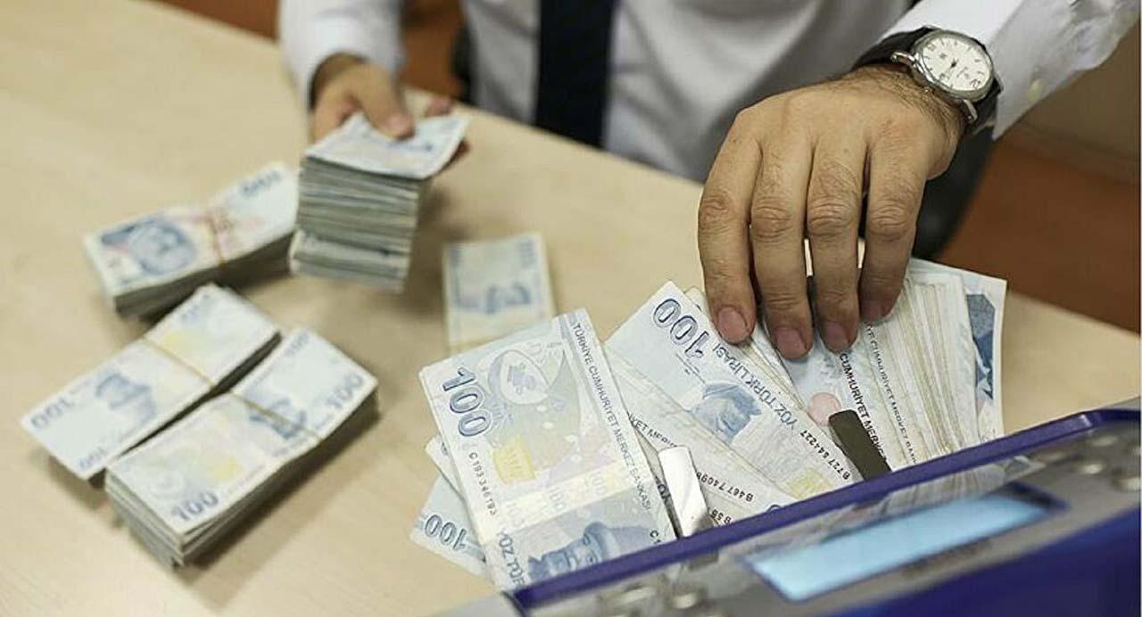 Bakan Pekcan müjdeyi verdi: Yapılandırılan borçlara faizsiz 6 ay öteleme!